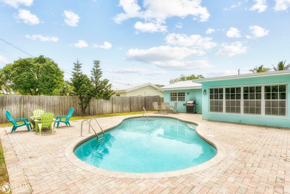 Einfamilienhaus für Verkauf beim 465 NE 32 Street Boca Raton, Florida 33431 Vereinigte Staaten