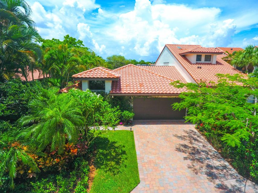 2387 Windsor Way Court, Wellington, FL 33414