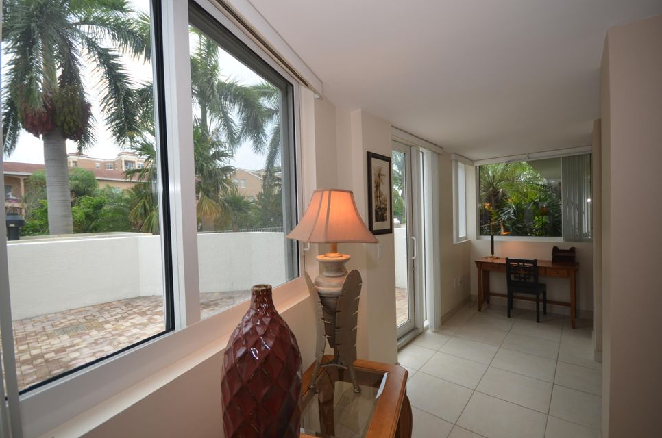 Additional photo for property listing at 1617 N Flagler Drive 1617 N Flagler Drive West Palm Beach, Florida 33407 Vereinigte Staaten