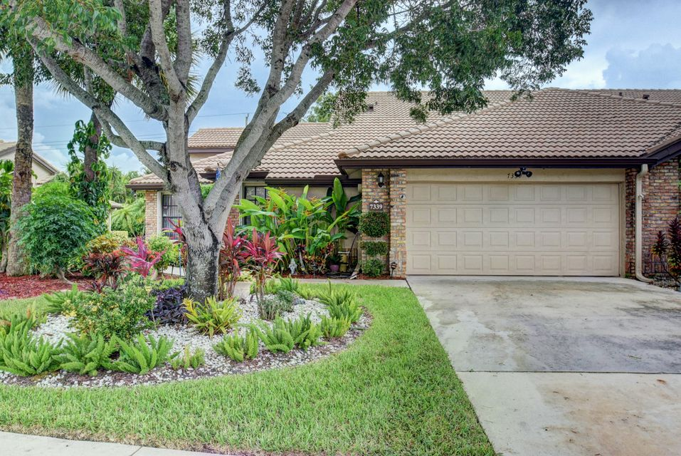Additional photo for property listing at 7339 Le Chalet Boulevard 7339 Le Chalet Boulevard Boynton Beach, Florida 33472 Estados Unidos