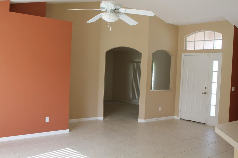 Additional photo for property listing at 5150 NW Aljo Circle  Port St. Lucie, Florida 34986 United States