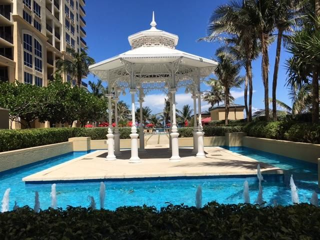 Additional photo for property listing at 3800 N Ocean Drive N 3800 N Ocean Drive N Singer Island, Florida 33404 United States