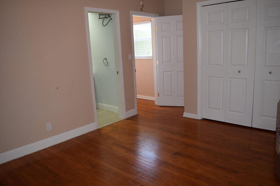 Additional photo for property listing at 631 Allen Avenue 631 Allen Avenue Delray Beach, Florida 33483 Estados Unidos