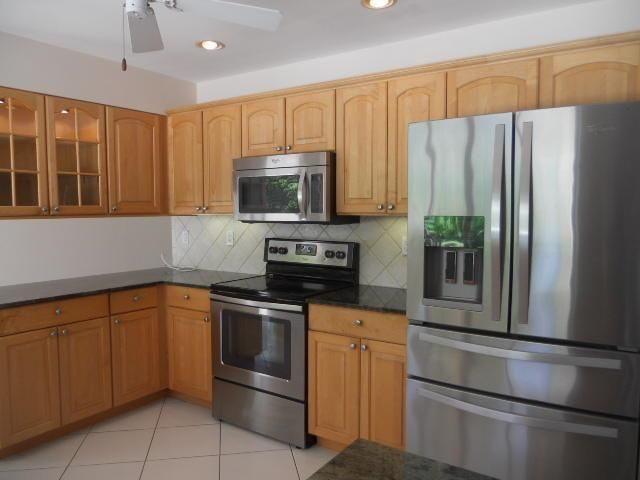 Additional photo for property listing at 1130 Gulfstream Way  Singer Island, Florida 33404 United States