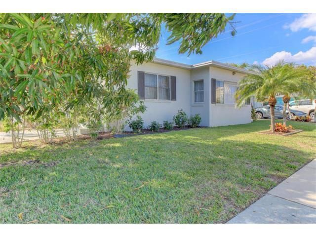 Rentals for Rent at 5101 Spruce Avenue 5101 Spruce Avenue West Palm Beach, Florida 33407 United States