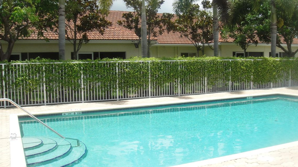 Additional photo for property listing at 3518 Cypress Trail  West Palm Beach, Florida 33417 United States