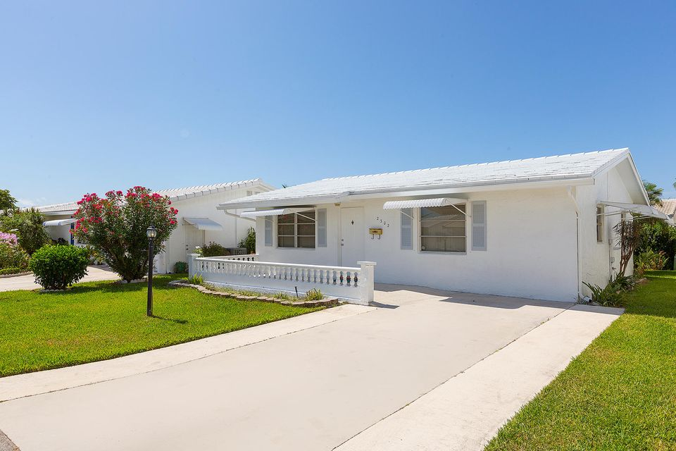 105 SW 8th Place Boynton Beach 33426 - photo