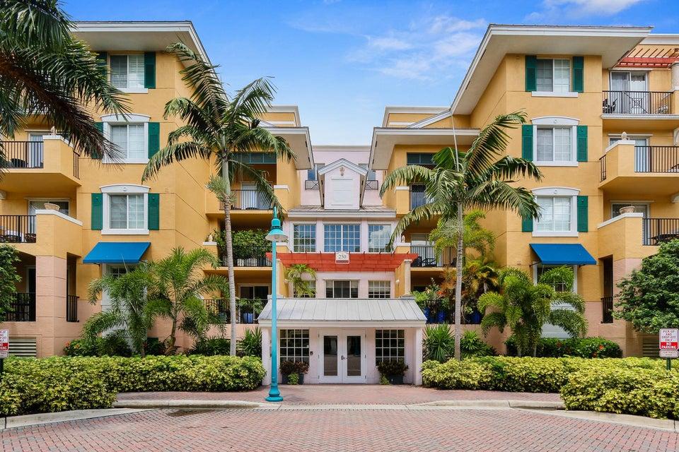 250 NE 3rd Avenue 1-203, Delray Beach, FL 33444