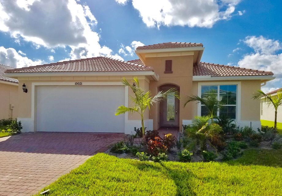 10021 SW Oak Tree Circle, Port Saint Lucie, FL 34987