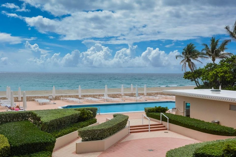 Additional photo for property listing at 2295 S Ocean Boulevard  Palm Beach, Florida 33480 United States