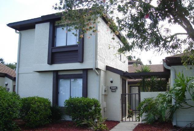 1441 Sheafe Avenue NE 102, Palm Bay, FL 32905