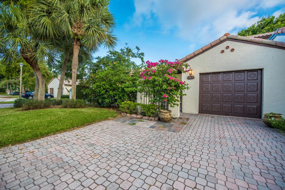 Villa for Rent at 452 Ashwood Place 452 Ashwood Place Boca Raton, Florida 33431 United States
