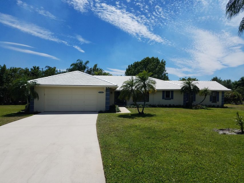 9472 SE Little Club Way Way S, Tequesta, FL 33469