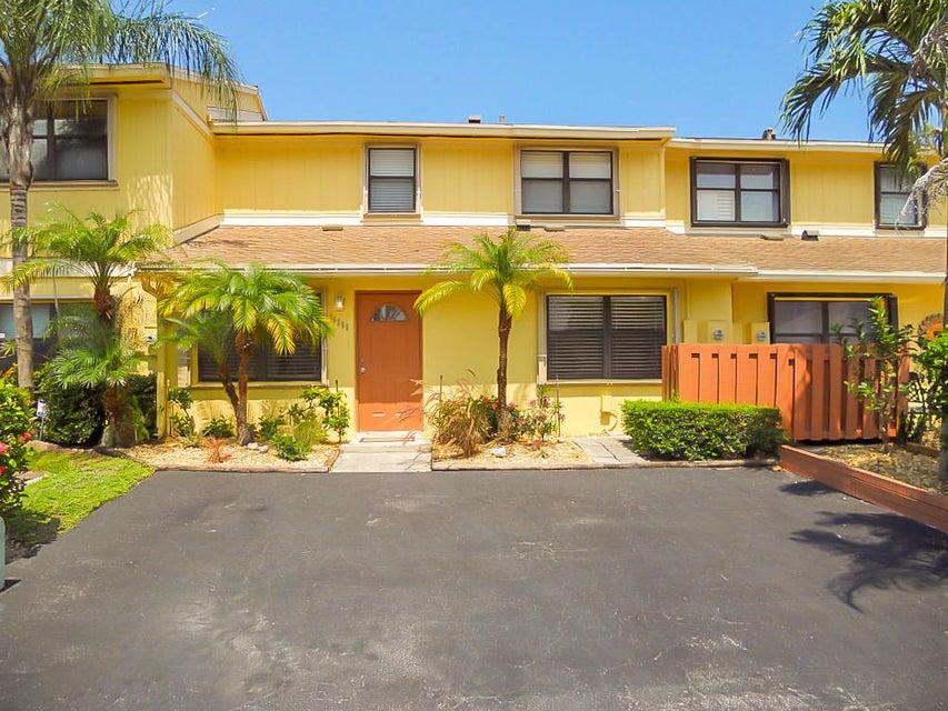 Stadthaus für Verkauf beim 16266 Green Apple Way 16266 Green Apple Way Delray Beach, Florida 33484 Vereinigte Staaten