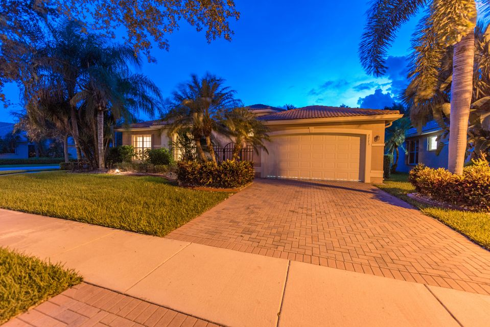 7773 Royale River Lane, Lake Worth, FL 33467