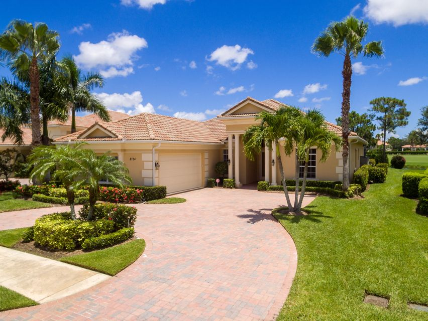 8734 Tompson Point Road, Port Saint Lucie, FL 34986