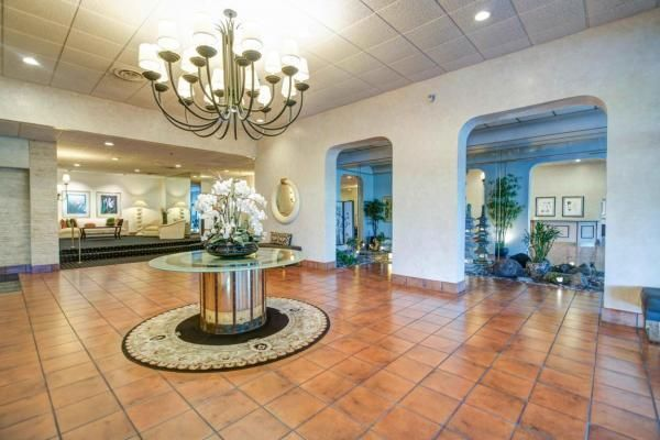 Additional photo for property listing at 1900 Consulate Place 1900 Consulate Place West Palm Beach, Florida 33401 United States
