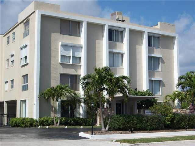 Additional photo for property listing at 1527 S Flagler Drive 1527 S Flagler Drive West Palm Beach, Florida 33401 États-Unis