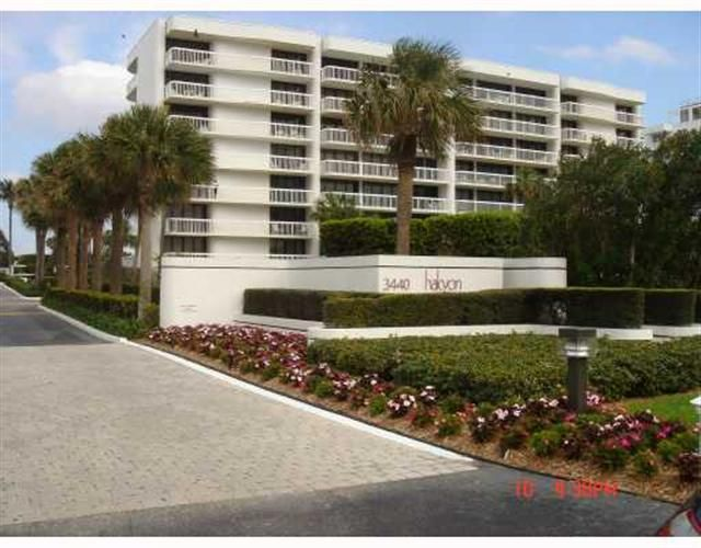 3440 S Ocean Boulevard 404 S, Palm Beach FL 33480 is listed for sale as MLS Listing RX-10351255 photo #19