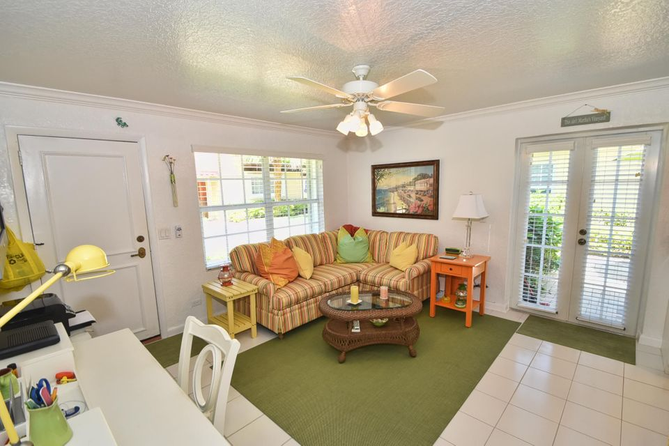 Additional photo for property listing at 1855 S Ocean Boulevard  Delray Beach, Florida 33483 Estados Unidos