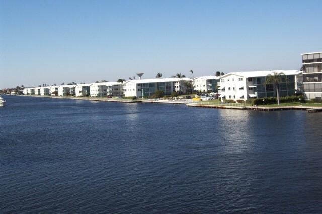 560 W Horizons 206  Boynton Beach FL 33435