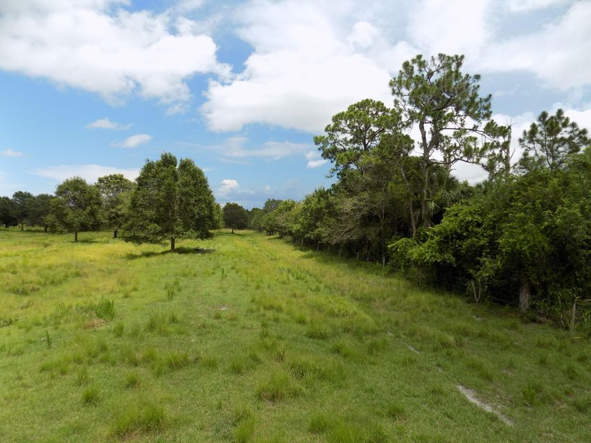 Additional photo for property listing at 3000 Taylor Dairy Road  Fort Pierce, Florida 34946 United States