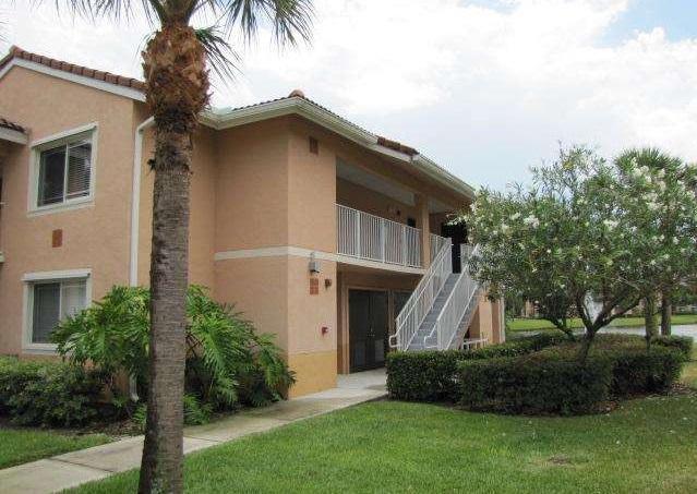 221 SW Palm Drive 107, Port Saint Lucie, FL 34986