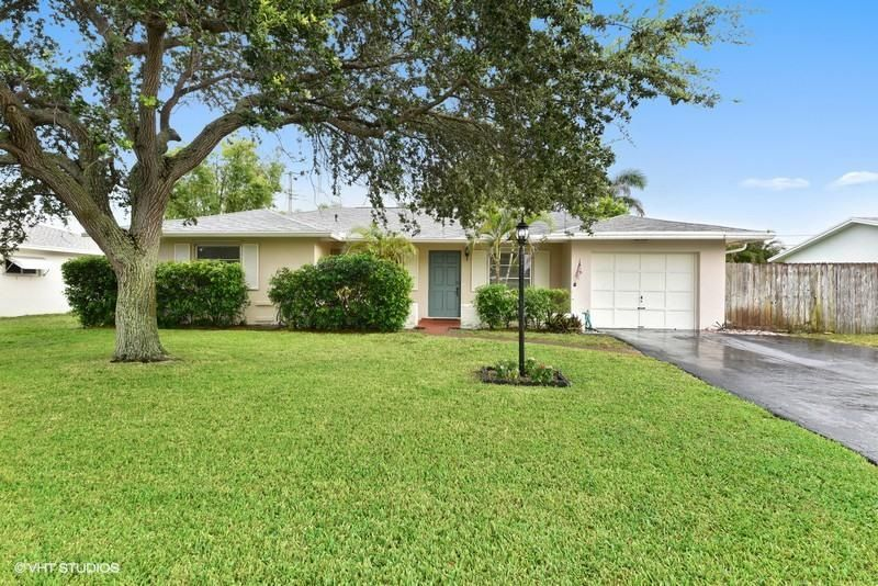 438 Dover Road, Tequesta, FL 33469