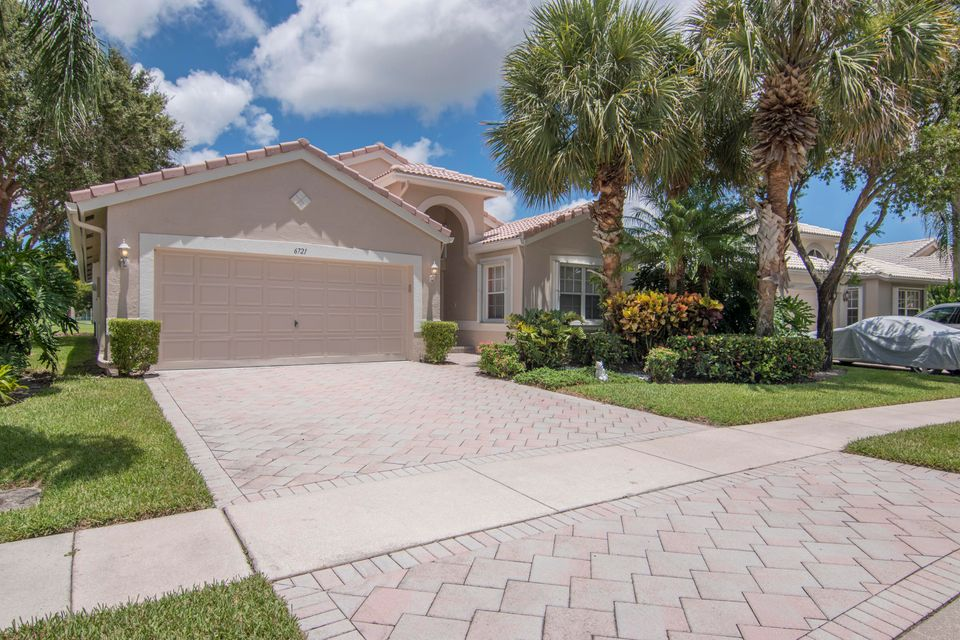 6721 Sun River Road, Boynton Beach, FL 33437