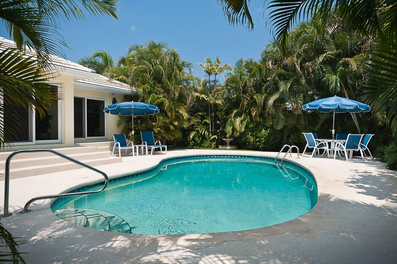 Rentals for Rent at 304 Plantation Road 304 Plantation Road Palm Beach, Florida 33480 United States