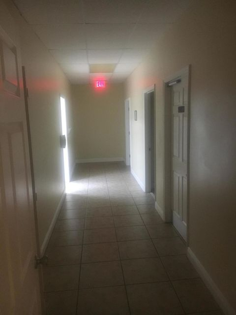 Rentals for Rent at 450 Northlake Boulevard 450 Northlake Boulevard Lake Park, Florida 33408 United States