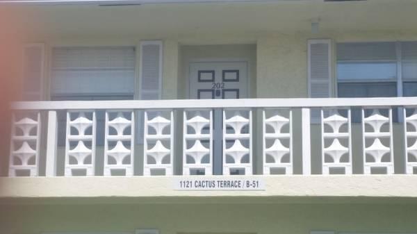 1121 Cactus Terrace 202, Delray Beach, FL 33445