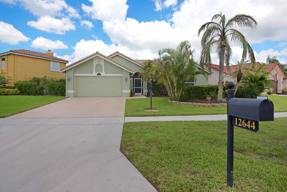 Home for sale in WELLINGTON TR 43 Wellington Florida