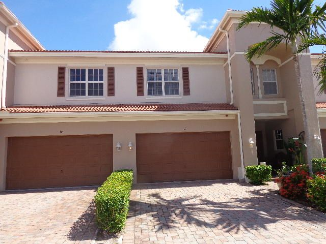11 Nottingham Place, Boynton Beach, FL 33426