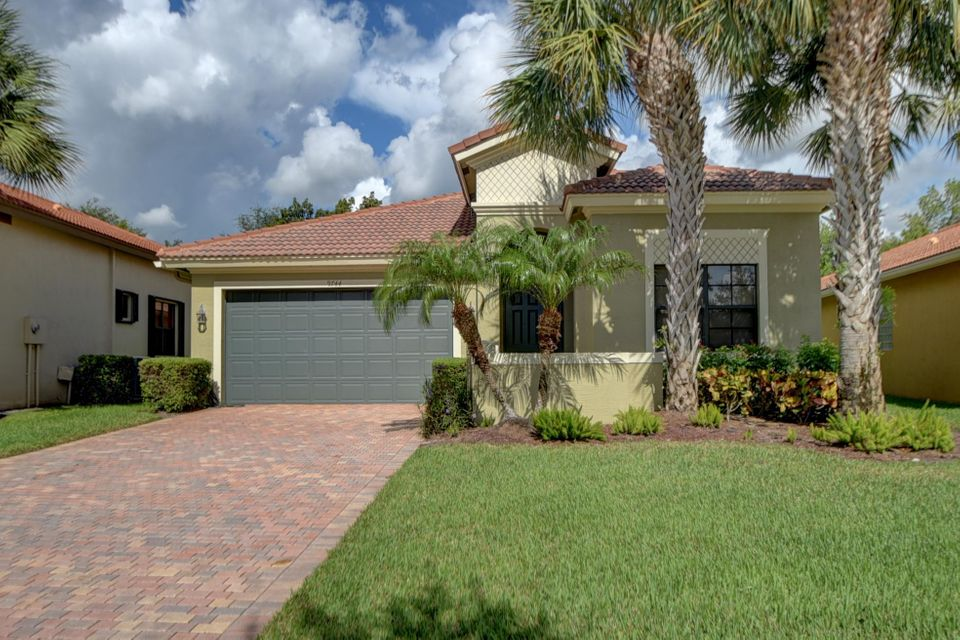 FOUR SEASONS/TIVOLI ISLES home 9744 Isles Cay Drive Delray Beach FL 33446