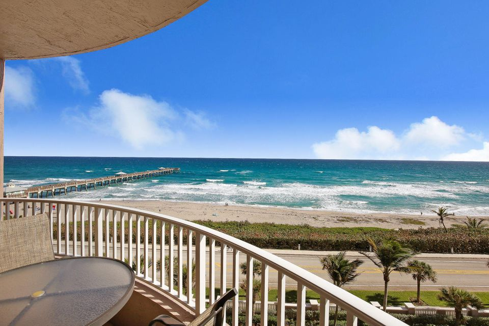 Additional photo for property listing at 750 Ocean Royale Way 750 Ocean Royale Way Juno Beach, Florida 33408 United States