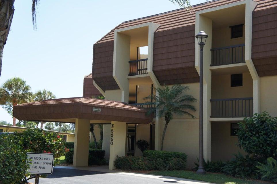 5250 Woodland Lakes Drive 129, Palm Beach Gardens, FL 33418