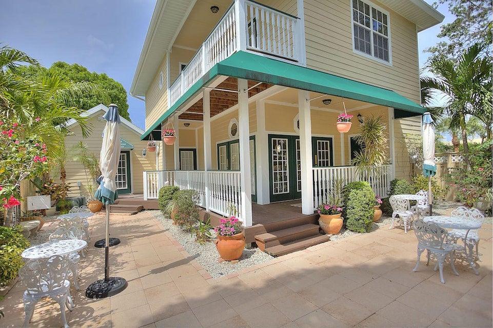 524 SW 3rd Street, Stuart, FL 34994