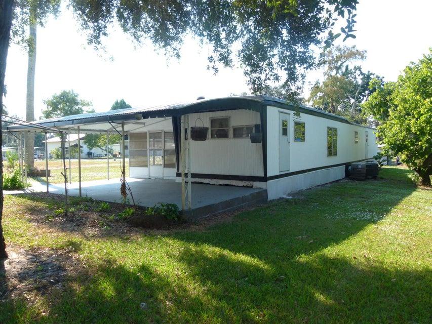 1140 Martin Boulevard NE, Moore Haven, FL 33471