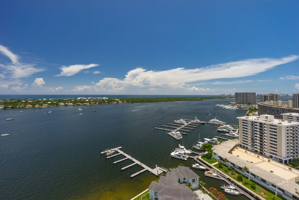 Additional photo for property listing at 2 Water Club Way 2 Water Club Way North Palm Beach, Florida 33408 United States