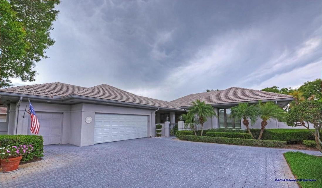5989 SE Oakmont Place, Stuart, FL 34997