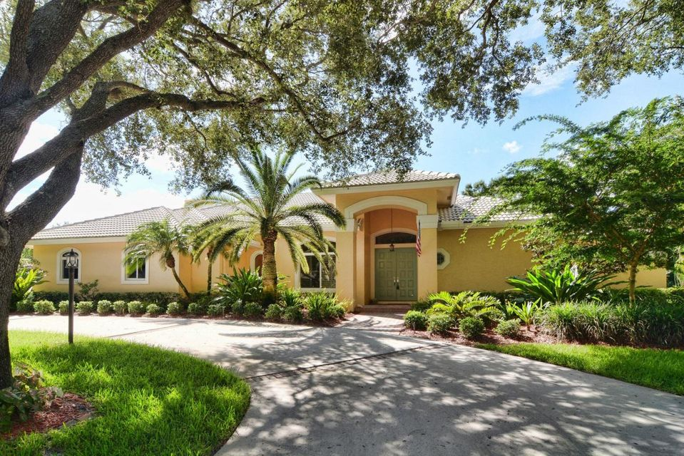 9948 SE Oak Tree Terrace, Tequesta, FL 33469