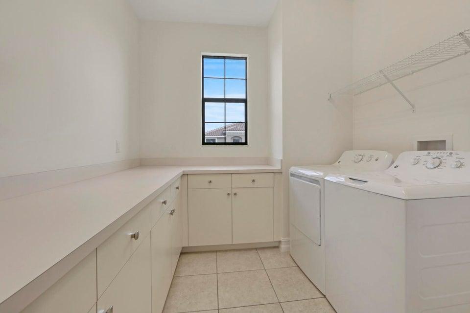 Additional photo for property listing at 8059 Cactus Quartz Circle  Delray Beach, Florida 33446 Estados Unidos