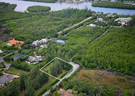 Additional photo for property listing at 3 Harbor Way  Hobe Sound, 佛罗里达州 33455 美国