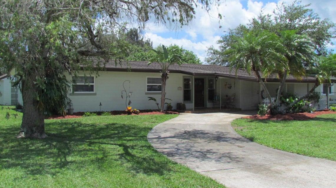 2570 Clinton Drive NE, Palm Bay, FL 32905