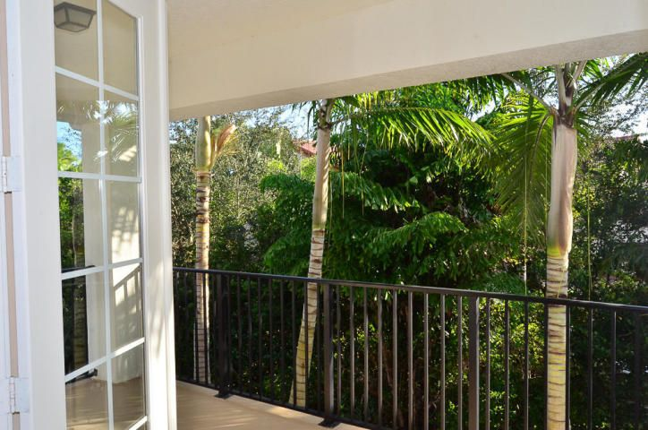 Additional photo for property listing at 1102 Vintner Boulevard  Palm Beach Gardens, Florida 33410 United States