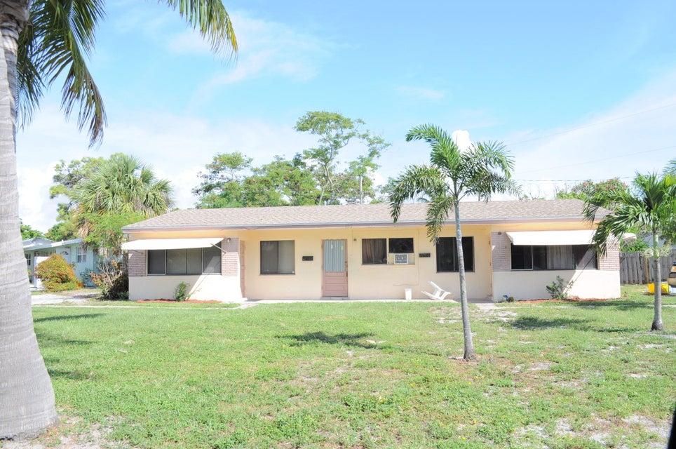 195 SE 27th Way, Boynton Beach, FL 33435