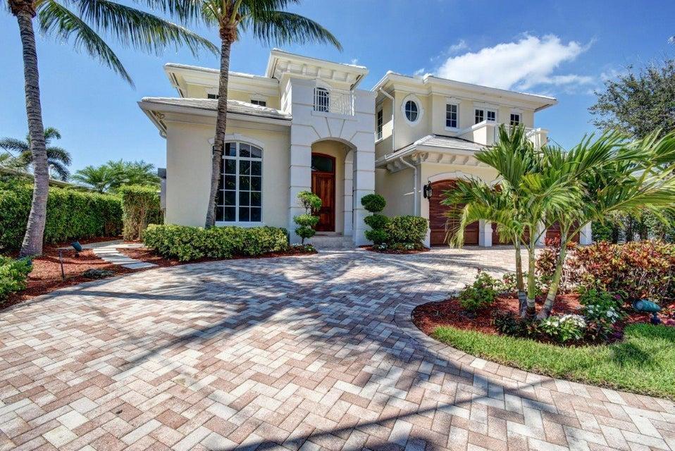 838 NE Bay Cove Street, Boca Raton, FL 33487