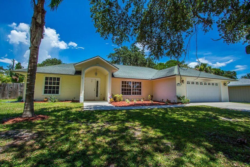 8006 Santa Clara Boulevard, Fort Pierce, FL 34951