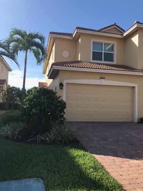 Stadthaus für Verkauf beim 664 SW Glen Crest Way 664 SW Glen Crest Way Stuart, Florida 34997 Vereinigte Staaten